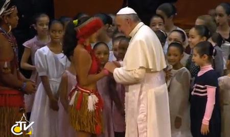 papa Francisco en el encuentro con la clase dirigente de Brasil JMJ Río 2013