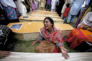 atentando en Peshawar Pakistán contra una iglesia cristiana septiembre 2013
