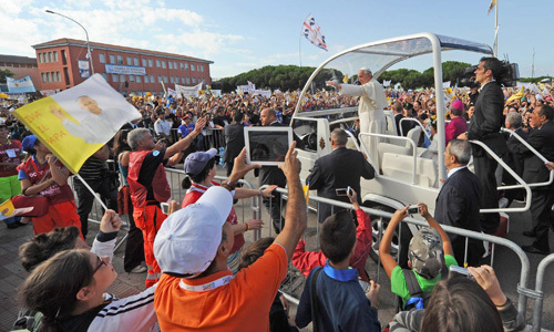 papa Francisco visita la isla de Cagliari 22 septiembre 2013