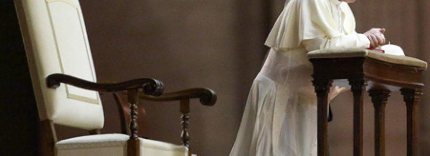 papa Francisco en la vigilia de oración por la paz en Siria en el Vaticano 7 septiembre 2013
