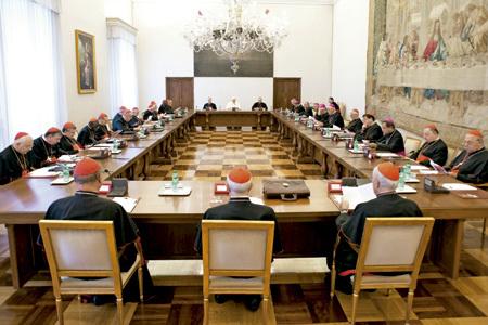 papa Francisco se reúne con los jefes de dicasterio de la Curia romana, 10 septiembre 2013