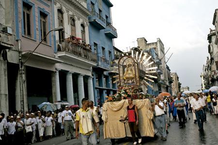 procesión de la Virgen del Cobre en La Habana 2013