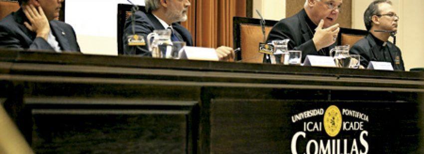 Gerhard Muller, prefecto de Doctrina de la Fe, en las Jornadas de Teología de Comillas octubre 2013