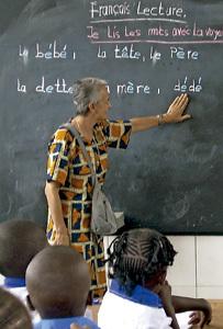 Nuria Juvanteny, carmelita de Vedruna que trabaja con mujeres en África