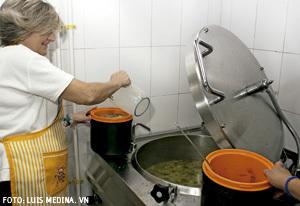 miembros de la Comunidad de Sant'Egidio en Madrid cumple 25 años atención y acompañamiento a los necesitados