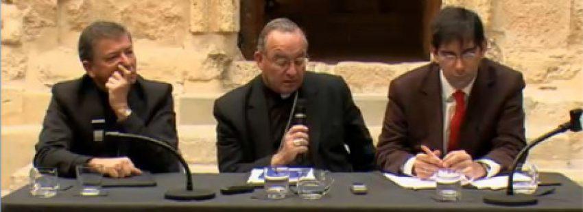 rueda de prensa sobre las beatificaciones de 522 mártires en Tarragona 14 octubre 2013