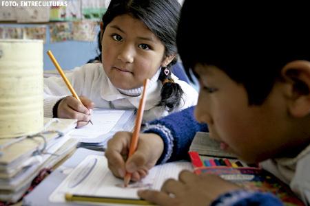 Fe y Alegría en Bolivia con niños enfermos e invisibilizados