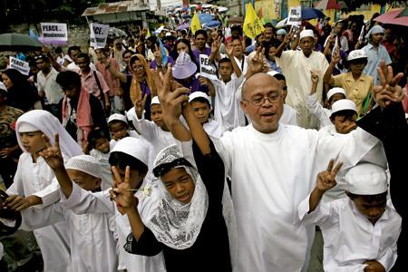 marcha interreligiosa por la paz en Mindanao Filipinas
