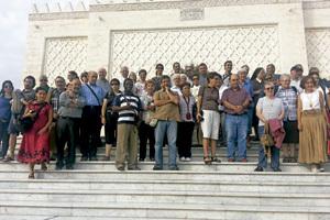 grupo de participantes en la Peregrinación entre dos orillas octubre 2013