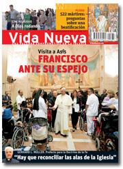 portada Vida Nueva visita del Papa a Asís octubre 2013 pequeña