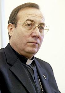 Francisco Pérez González, arzobispo de Pamplona y director de la colección Vivir la fe, Ciudad Nueva