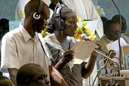 Radio Wa, Uganda, emisora eclesial