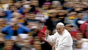recorrido del papa Francisco en papamóvil
