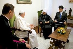 papa Francisco recibe al metropolita Hilarión del Patriarcado Ortodoxo de Moscú