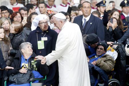 Papa Francisco celebra Día de la Inmaculada Concepción en la Plaza de España de Roma 2013