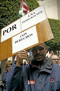 protesta denuncia contra los recortes en sanidad a inmigrantes