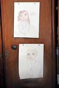 Dibujo del P. Pepe y Francisco en Villa La Cárcova en Buenos Aires donde trabaja Pepe di Paola
