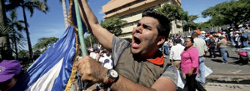protestas en Nicaragua contra la reforma de la Constitución
