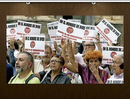 cristianos protestan en la calle contra los desahucios