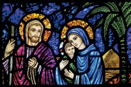 vidriera con san José, la Virgen María y el niño Jesús en Belén