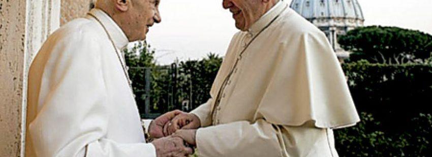 Benedicto XVI y papa Francisco encuentro en Navidad 2013
