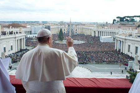 papa Francisco en la bendición Urbi et Orbi 25 diciembre 2013