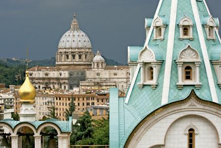 Iglesia de Santa Catalina de Alejandría y basílica de San Pedro en Roma