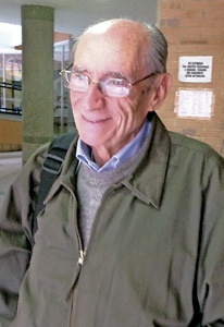 Víctor Codina, teólogo jesuita en Bolivia