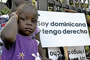 protesta en República Dominicana contra la sentencia para expulsar a 250.000 dominicanos
