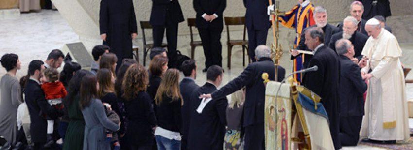 papa Francisco con Kiko Argüello y neocatecumenales 1 febrero 2014