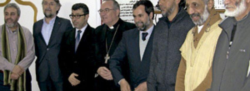 Jaume Pujol, arzobispo de Tarragona, visita una mezquita