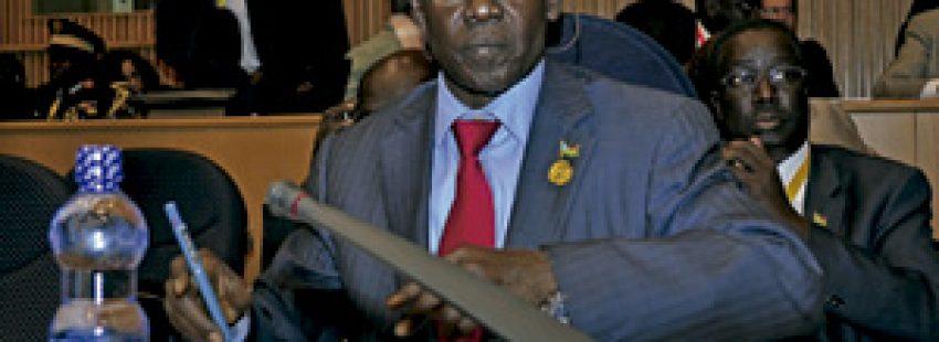 el representante de Sudán del Sur en la cumbre de la Unión Africana, celebrada en Addis Abeba