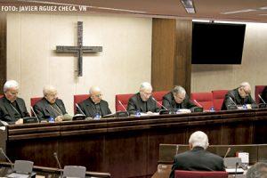 Rouco lee el discurso de apertura de la Asamblea Plenaria de la CEE 11-14 marzo 2014