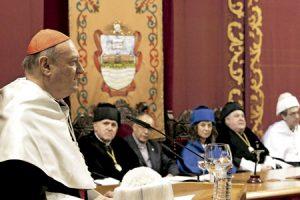 cardenal Gianfranco Ravasi investido doctor honoris causa por la Universidad de Deusto Bilbao 4 marzo 2014