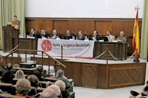 mesa redonda de Ayuda a la Iglesia Necesitada sobre colaboración entre militares, misioneros y periodistas