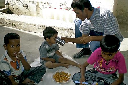Refugio para Niños Huérfanos y Pobres, impulsado en Quetta, Pakistán, por un adolescente, Abdiel