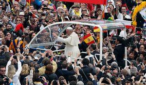 papa-francisco-banderas-espanola-canonizaciones-papas