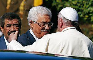 El Papa con Abú Mazen.