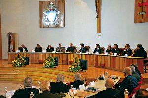El presidente Peña visitó la Asamblea de la CEM.