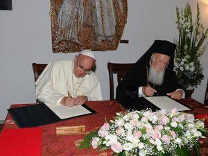 Firma de la declaración conjunta.