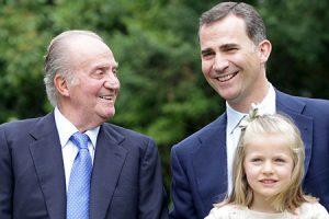 El rey Juan Carlos, el príncipe Felipe y la infanta Leonor.