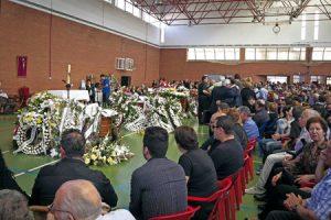Funeral por los jóvenes muertos en el accidente en Badajoz.