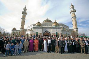 Líderes cristianos, musulmanes y judíos en una vigilia por la paz.