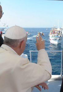 El papa Francisco en Lampedusa.