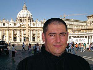 Hernández Zanni, el párroco de Gaza