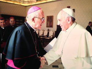 arzobispo-papa-int