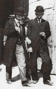 Giorgio Montini, padre de Pablo VI, paseando por Brescia en 1908. Fuente: Isacem.