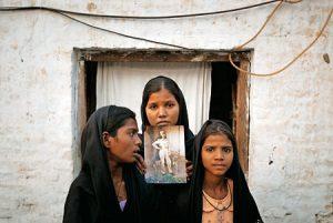 Las hijas de Asia Bibi.