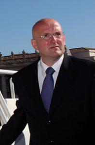 El director de la gendarmería vaticana.
