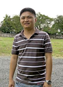 Elvin Buñales, superviviente del tifón Haiyan en Filipinas